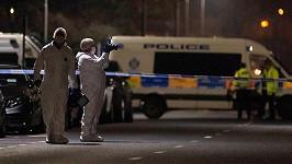 Policie pátrá po vrahovi herce a boxera Bradleyho Welshe.