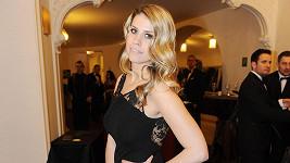Tereza Brabcová, dcera herečky Veroniky Freimanové.