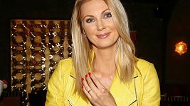 Sandra Parmová je těhotná.