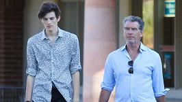 Pierce Brosnan se synem Dylanem.