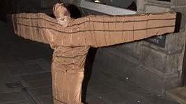 Anděl? Letadlo? Já jsem letadlo!