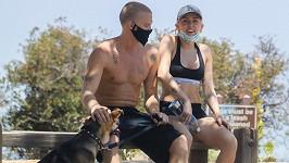 Miley Cyrus vyrazila s přítelem do přírody.
