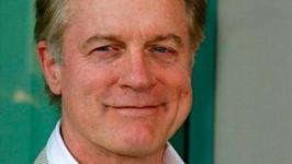 Představitel reverenda ze seriálu Sedmé nebe Stephen Collins je obviněn ze zneužívání nezletilé.