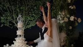 Gwen Stefani se po šestiletém vztahu provdala za Blakea Sheltona