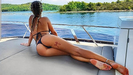 Nela Slováková opět provokovala v plavkách.