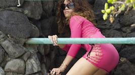 Rihanna na Havaji přelézala tam, kde neměla...