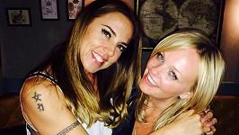 Mel C a Emma si udělaly selfie.