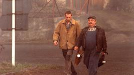 János Bán a Marián Labuda ve filmu vesničko má středisková