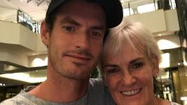 Andy Murray s maminkou Judy, která ho k tenisu přivedla.