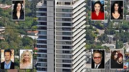 Jen některé z celebrit, které si koupily byt v tomto této luxusní budově Sierra Towers v Hollywoodu.