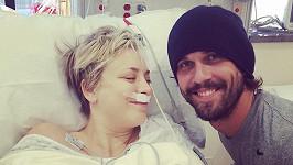 Kaley Cuoco je šťastná za svého obětavého manžela.