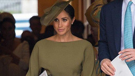 Princ Harry a jeho žena Meghan na křtinách prince Louise