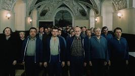 Film Dobří holubi se vracejí je koncertem celé řady známých hereckých osobností.