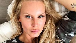 Simona Krainová je jako chameleon.