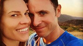 Hilary a Ruben si zasnoubení příliš dlouho neužili.