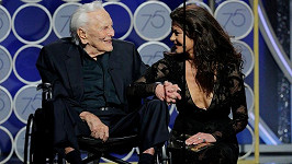 Kirk Douglas a Catherine Zeta Jones