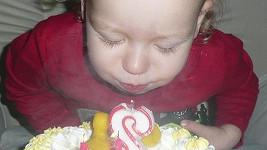 Max včera oslavil druhé narozeniny.