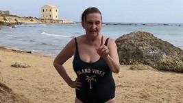 Eva Holubová si užívá dovolenou na Sicílii.