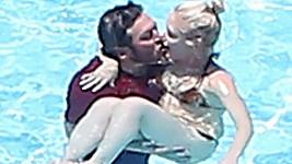 Gwen s Blakem umí příjemně slavit narozeniny....