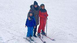 Ilona se syny Dominikem (5) a Danielem (8)