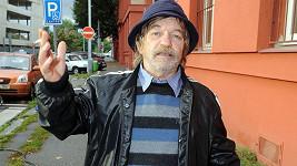 Jakoby Roman Skamene stále žil svou filmovou rolí.
