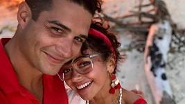 Sarah Hyland se zasnoubila s partnerem Wellsem Adamsem