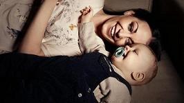 Dojemné chvíle štěstí Agáty s jejím synem.