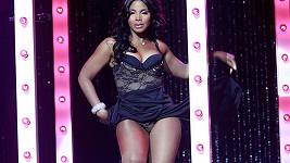 Toni Braxton se během svého vystoupení pořádně rozvášnila.