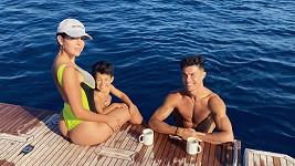 Cristiano Ronaldo s rodinou