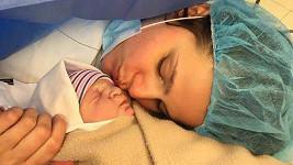 Ornella Koktová porodila druhého syna.