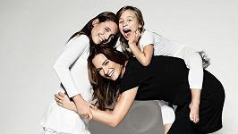 Klára Doležalová s dcerami Natálií a Miou