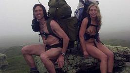 Stephen Gough s partnerkou Melanií vyznávají nahotu jako životní styl.