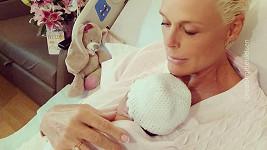 Brigitte Nielsen s novorozenou dcerkou