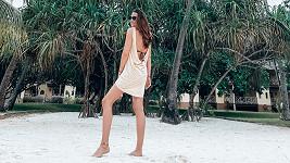 Modelka v exotickém ráji