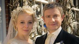 Martin s Amandou na snímku z natáčení Sherlocka Holmese.