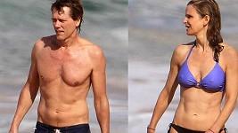Kevin Bacon a jeho žena Kyra Sedwick vypadají v plavkách báječně.