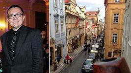 Roman Šmucler a výhled z jeho bytu