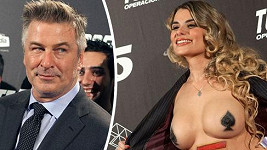Aleca Baldwina nestydatá porno herečka zaujala.