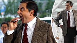 Rowan Atkinson se v Šanghaji znovu převtělil do Mr. Beana.