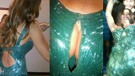 Sofia Vergara přiznala, že její šaty nevydržely a na zadečku se rozjel zip.