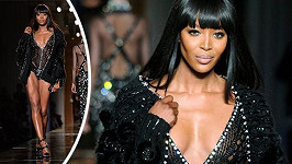 Naomi Campbell pro Versace.