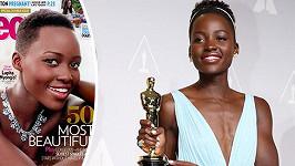 Lupita Nyong'o má spíš pevnou muskulaturu, ale i přesto se stala nejkrásněší ženou.