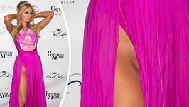 Paris Hilton nenosí kalhotky.
