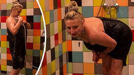 Regina a její koupelnová finta.