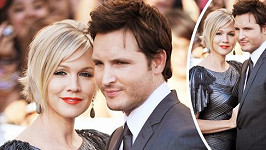 Jennie Garth a Peter Facinelli na archivním snímku