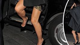 Na Pippě Middleton by se kromě zadečku daly opěvovat i nohy.
