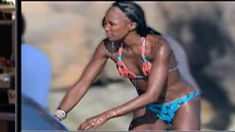 Naomi Campbell nerada odhalila tajemství svých vlasů.