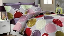 Rozkvetlá ložnice: Jarní trendy, které si zamilujete!