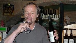 Karel Roden si pochutnal hned na šesti druzích vlastního vína.