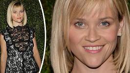Reese Witherspoon klame nevinným pohledem.